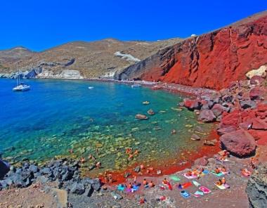 Κόκκινη Παραλία στη Σαντορίνη